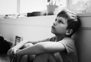 טיקים בעיניים אצל ילדים
